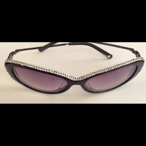 Accessories - Sunglasses crystallized by Swarovski. Top sides